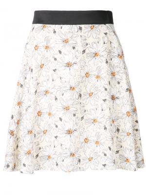 Мини-юбка с принтом маргариток Guild Prime. Цвет: жёлтый и оранжевый