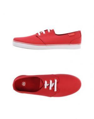Низкие кеды и кроссовки C1RCA. Цвет: красный