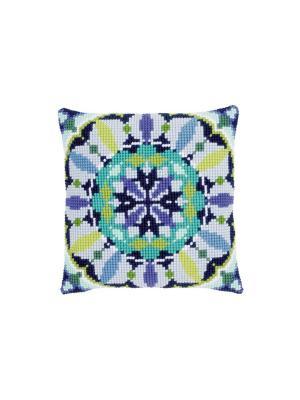 Набор для вышивания лицевой стороны наволочки Голубая розетка 40*40см Vervaco. Цвет: голубой, зеленый, синий, сиреневый