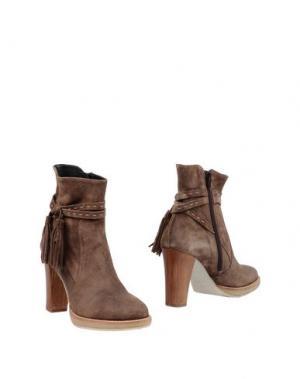 Полусапоги и высокие ботинки ZINDA. Цвет: хаки
