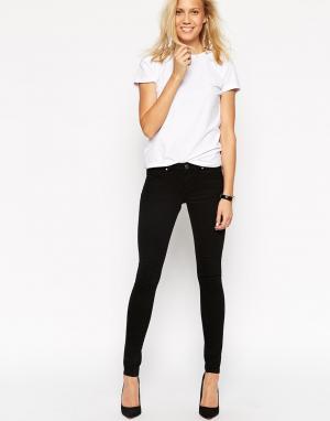 ASOS Черные зауженные джинсы с заниженной талией Whitby. Цвет: черный