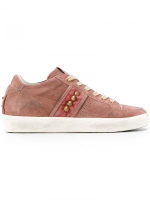 Кроссовки с заклепками Leather Crown. Цвет: розовый и фиолетовый