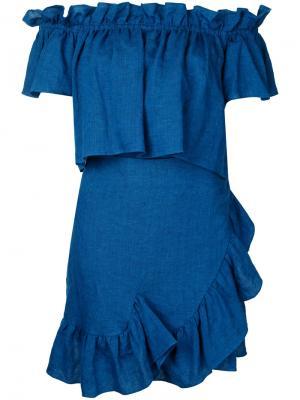 Платье с открытыми плечами и оборками Goen.J. Цвет: синий