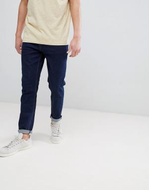ASOS Суженные книзу джинсы цвета индиго. Цвет: синий