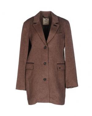 Пальто TIMEOUT. Цвет: коричневый