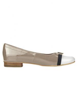 Туфли-балетки Andrea Conti. Цвет: серо-коричневый/белый, темно-синий/серо-коричневый