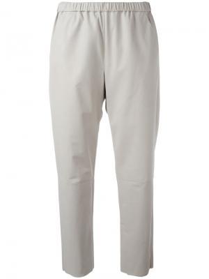 Кожаные укороченные брюки Drome. Цвет: серый
