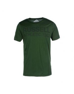 Футболка RUSSELL ATHLETIC. Цвет: зеленый-милитари