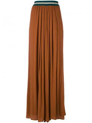 Расклешенные брюки в складку Roberto Collina. Цвет: коричневый