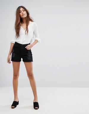 Vero Moda Джинсовые шорты с необработанным краем. Цвет: черный