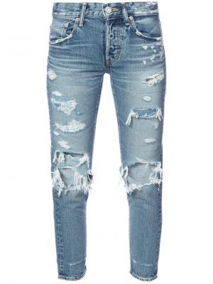 Укороченные джинсы с эффектом потертости Moussy. Цвет: синий