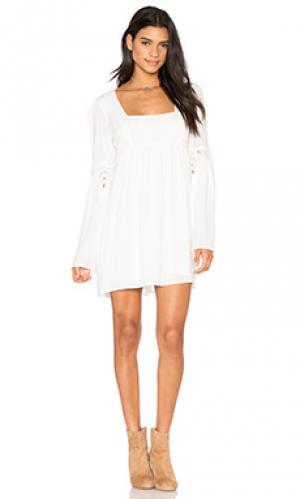 Платье florentine STONE_COLD_FOX. Цвет: белый