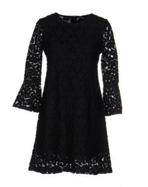 Короткое платье PINK MEMORIES. Цвет: черный