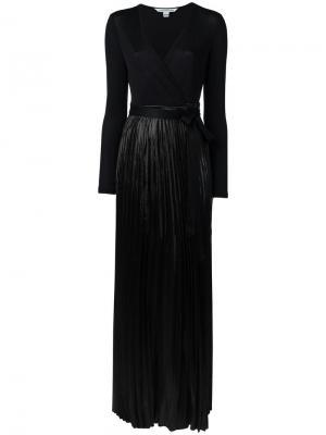 Платье с запахом и плиссировками Diane Von Furstenberg. Цвет: чёрный