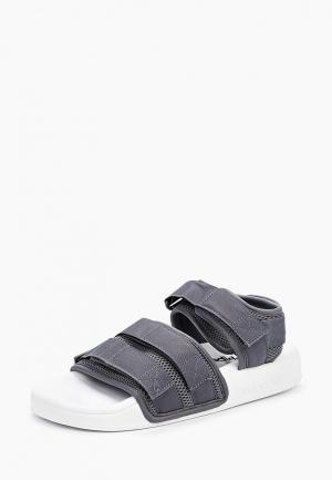 Сандалии adidas Originals. Цвет: серый