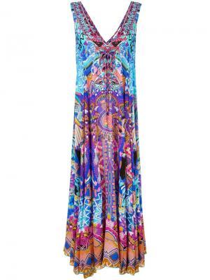 Длинное платье с рисунком и блестящей отделкой Camilla. Цвет: многоцветный