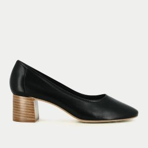 Туфли кожаные на каблуке с отделкой глиттером JONAK. Цвет: черный