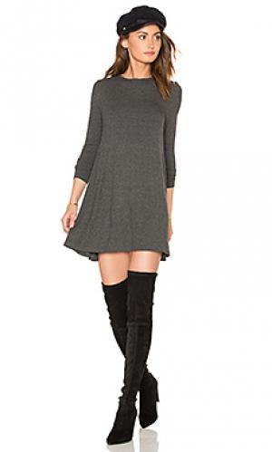Платье tyler De Lacy. Цвет: серый