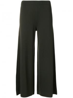 Укороченные широкие брюки Theory. Цвет: зелёный