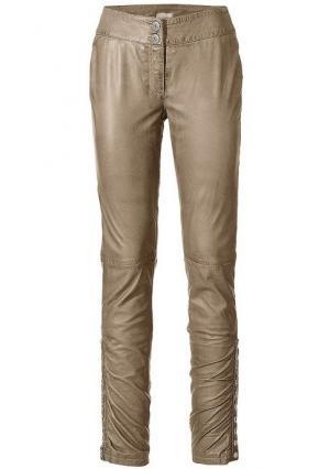 Кожаные брюки Mandarin. Цвет: коньячный