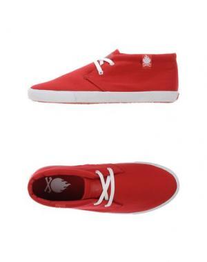 Низкие кеды и кроссовки BOBBIE BURNS. Цвет: красный