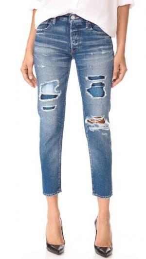 Зауженные джинсы MV с заплатками MOUSSY. Цвет: голубой