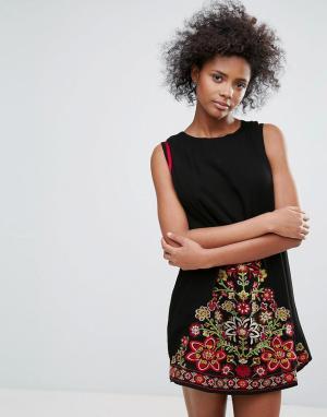 Urban Bliss Платье с вышивкой Park Lane. Цвет: черный