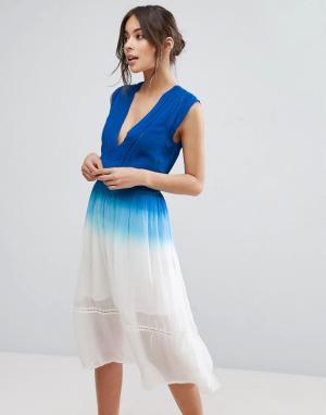 Adelyn Rae Платье с эффектом омбре. Цвет: синий