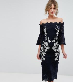 Hope and Ivy Кружевное платье-футляр с вышивкой &. Цвет: темно-синий