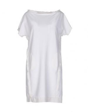 Короткое платье APPARTAMENTO 50. Цвет: белый