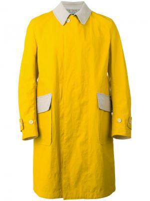 Пальто с заплатками на рукавах Junya Watanabe Comme Des Garçons Man. Цвет: жёлтый и оранжевый