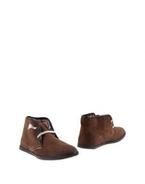 Полусапоги и высокие ботинки LE CROWN. Цвет: темно-коричневый