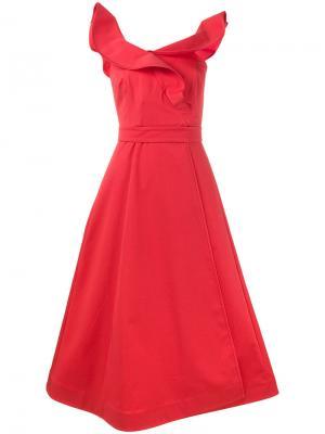 Платье с запахом без рукавов оборками Vika Gazinskaya. Цвет: красный
