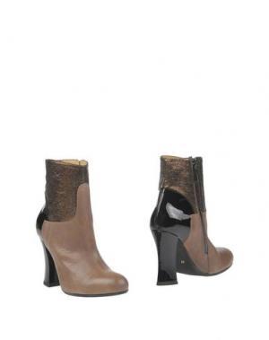 Полусапоги и высокие ботинки SGN GIANCARLO PAOLI. Цвет: светло-коричневый