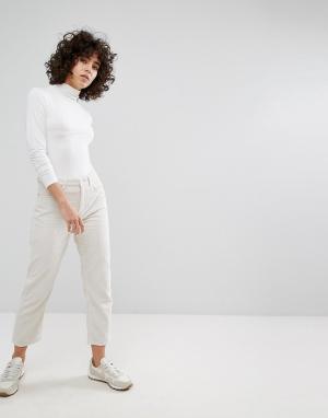 Weekday Укороченные вельветовые брюки. Цвет: черный