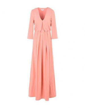 Длинное платье PATRIZIA PEPE. Цвет: лососево-розовый