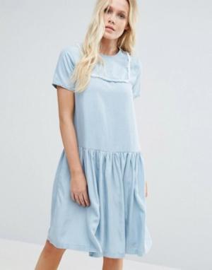 Little White Lies Платье в джинсовом стиле Suki. Цвет: синий