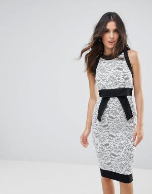 Vesper Платье-футляр с кружевной вставкой. Цвет: мульти