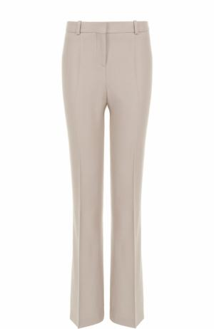 Расклешенные брюки со стрелками BOSS. Цвет: бежевый