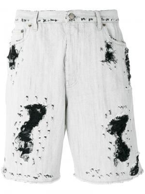 Состаренные джинсовые шорты Golden Goose Deluxe Brand. Цвет: серый