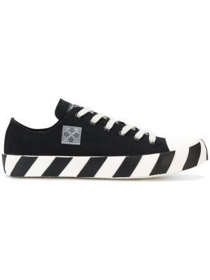 Кроссовки на подошве в полоску Off-White. Цвет: чёрный