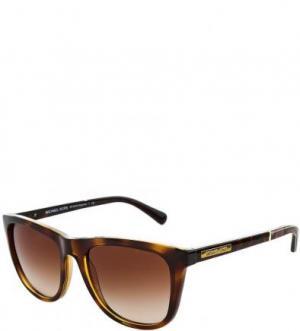 Солнцезащитные очки в пластиковой оправе Michael Kors. Цвет: коричневый