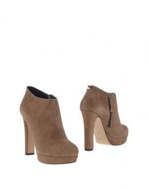Ботинки CARLA G.. Цвет: хаки