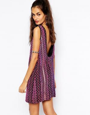 Mochi Цельнокройное платье с гобеленовыми полосками. Цвет: мульти