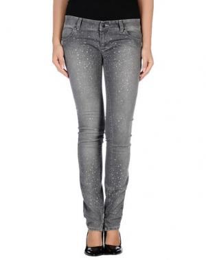 Джинсовые брюки SHI 4. Цвет: серый