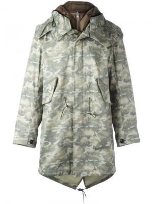 Камуфляжное пальто на молнии Ten-C. Цвет: зелёный