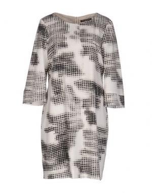 Короткое платье CARLA MONTANARINI. Цвет: светло-серый