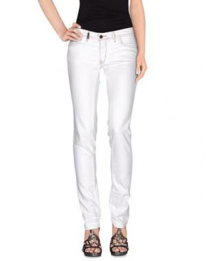 Джинсовые брюки YES LONDON. Цвет: белый