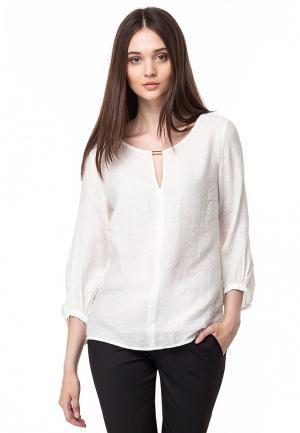 Блуза Vilatte. Цвет: белый