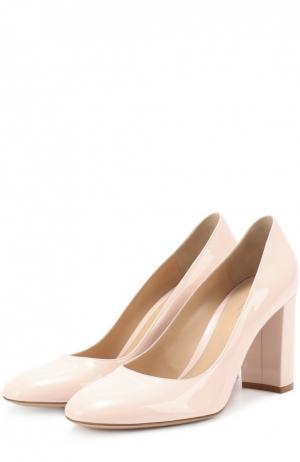 Лаковые туфли Linda на устойчивом каблуке Gianvito Rossi. Цвет: светло-розовый